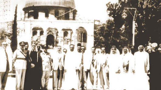 Abdullah Darwish (center) taken in the Holy Mosque in Jerusalem during restoration works that Darwish took part in in the early 1960s